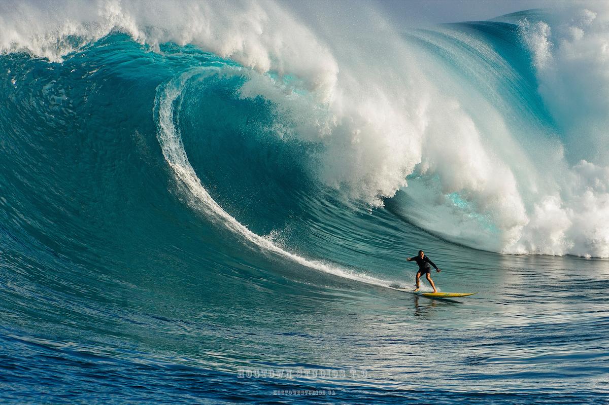 Andrea Moller Jaws Maui Peahi Maui January 2016