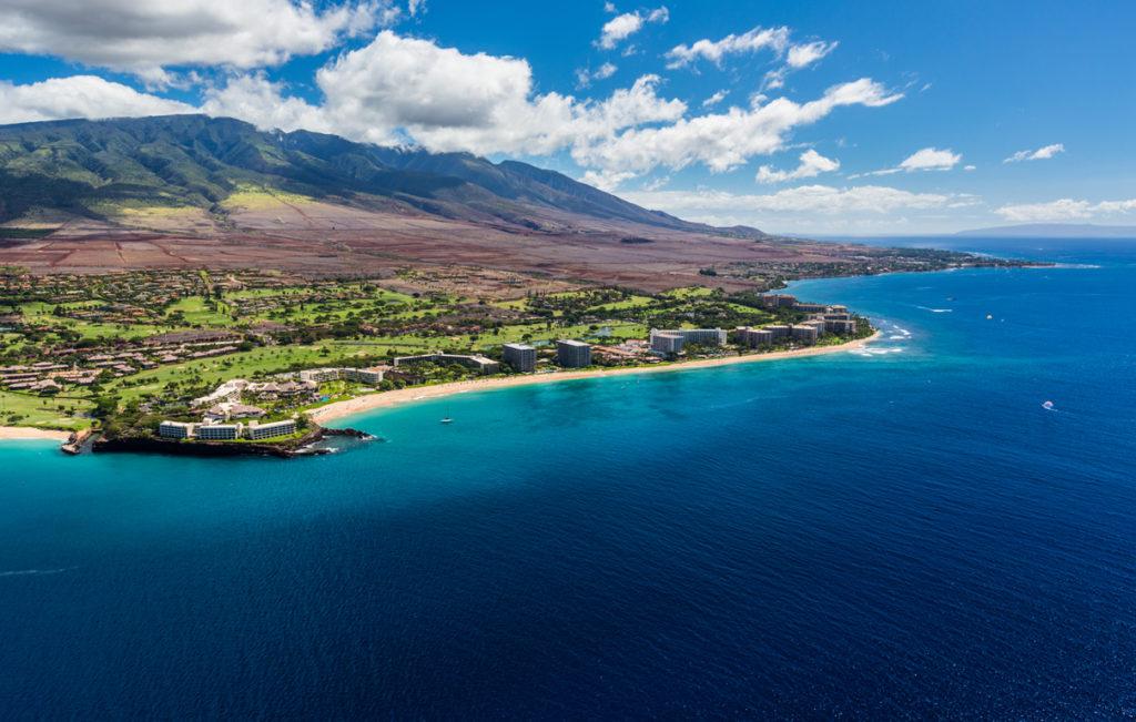 First Maui Vacation Head to Family Friendly Kaanapali to make some magical Maui Memories! Image Courtesy Hawaii Tourism Authority (HTA) / Tor Johnson