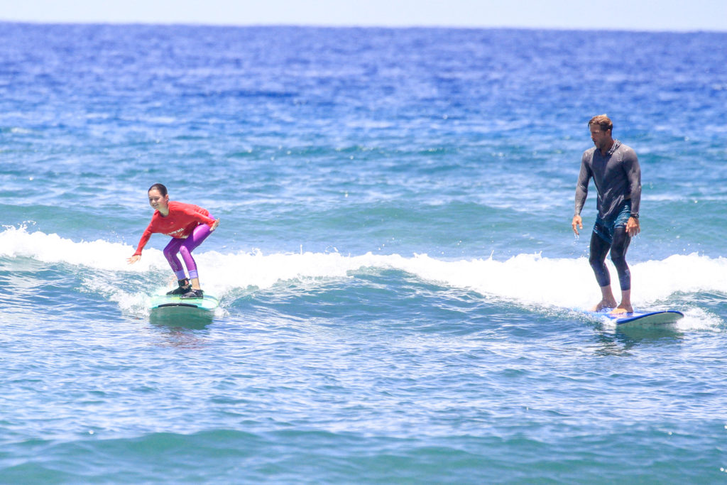 surf lesson surf instructor maui